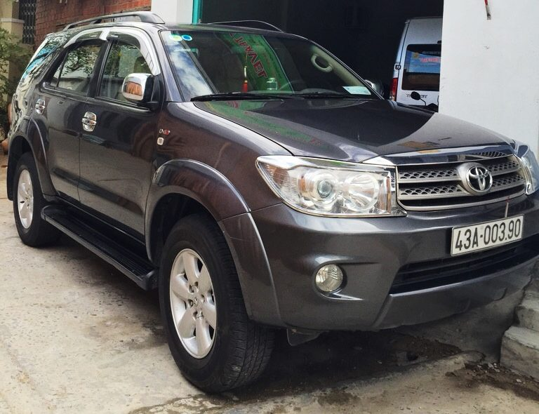 7s – Toyota Fortuner